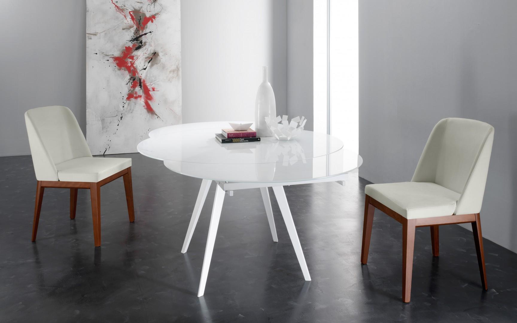 Tavolo rotondo bianco ikea trendy lack tavolo consolle for Tavolo rotondo bianco ikea